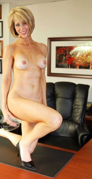 Lily-jeanne ts escorts in Meadow Woods
