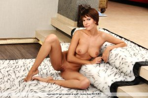 Claire-line nude escorts in Pierre, SD